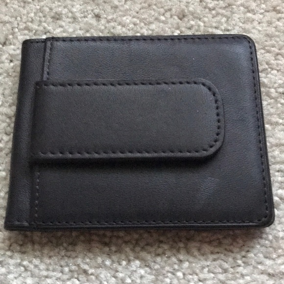 Jos. A. Bank Other - J.O.S. Banks wallet with magnetic money clip